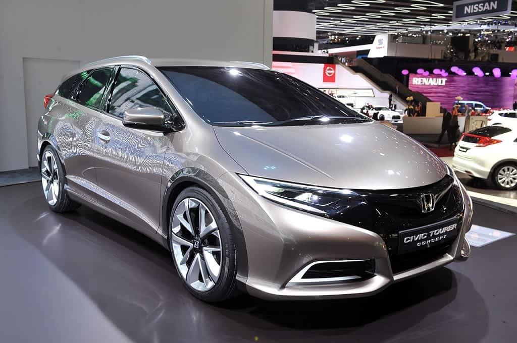 Honda-Civic-Tourer-2014