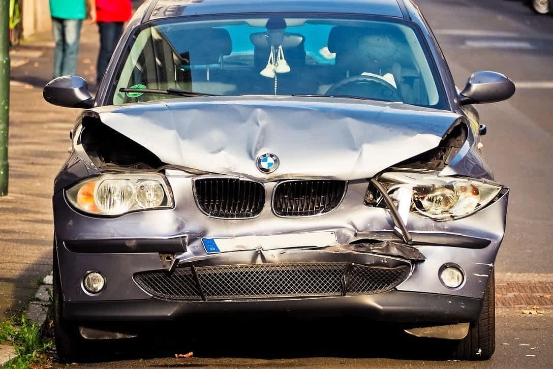 Unfallwagen Reparieren oder gleich verkaufen