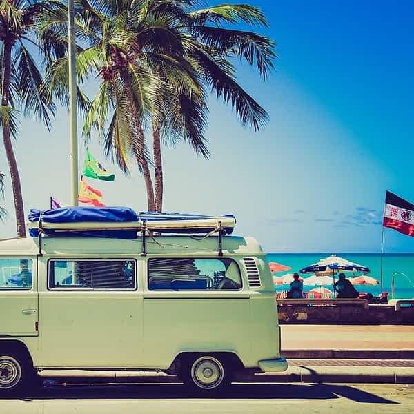 Fotos von Auto Urlaub Osterwochenende mit Palmen